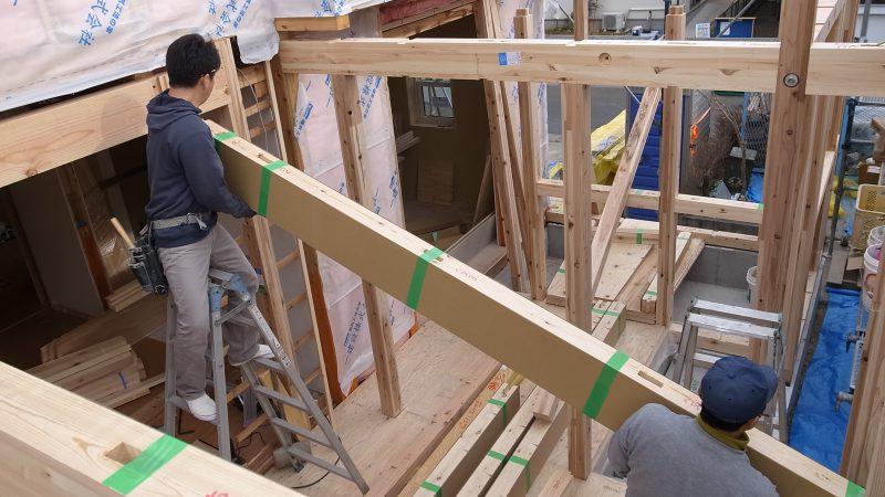 [家づくりblog]うんていのある家 造作工事