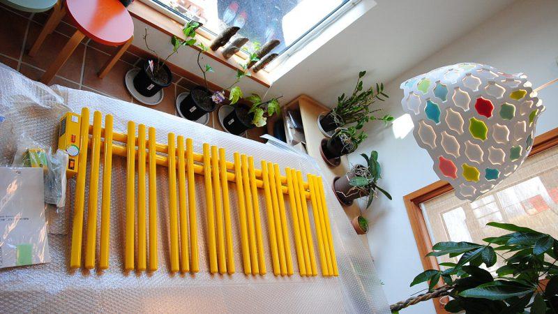[家づくりblog]うんていのある家 幸せの黄色いパネルヒーター