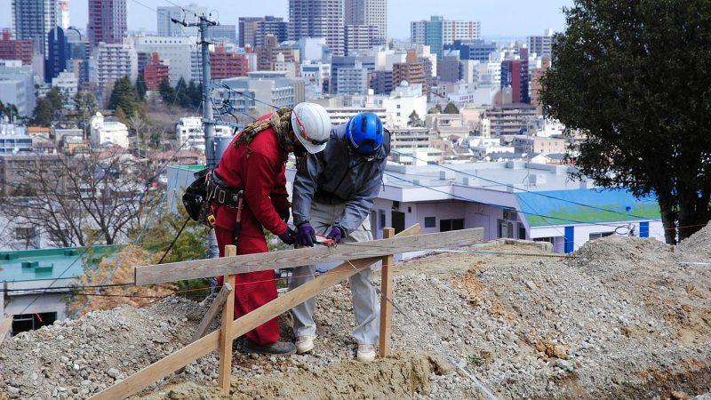 [家づくりblog]仙台の街が見える家 基礎の位置出し