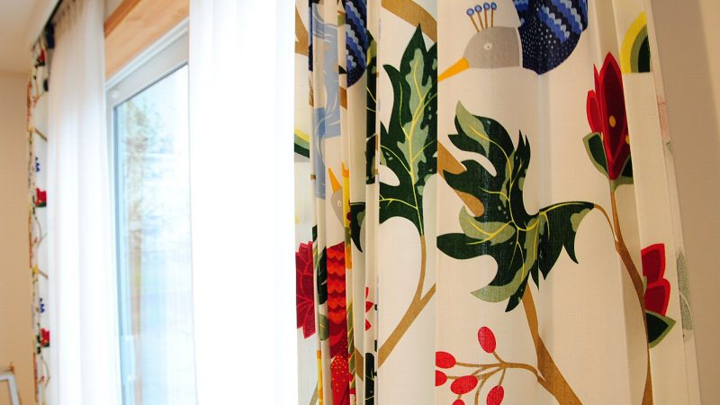 [家づくりblog] borasのカーテン&nokkaの家具