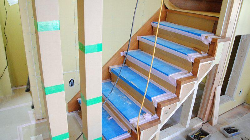 [koagariのある家] 階段が出来上がりました。