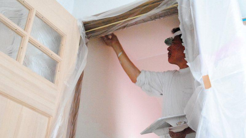 [koagariのある家] 内部塗り壁作業(ダイアトーマス)