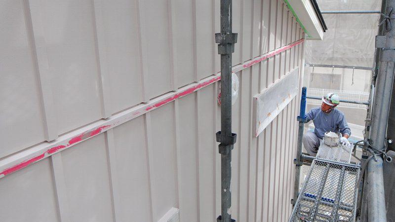 [チャーリー☆ハウス] 外壁の塗装作業