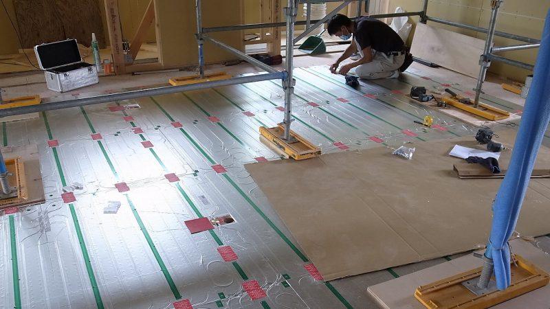 [Y-Studio] 床暖房設置の様子