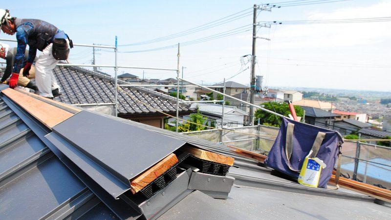 [そら景色が広がる家] 屋根はトップで決まります。