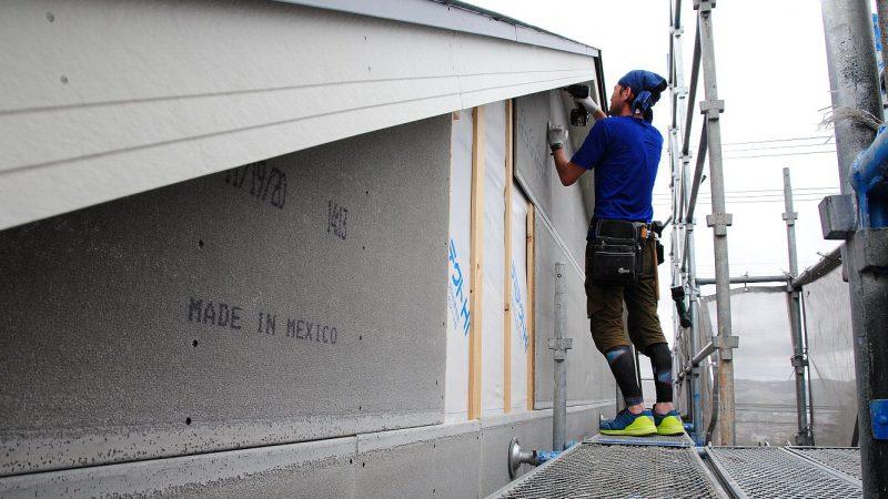 [そら景色が広がる家] ソト作業。外断熱から外壁貼り、そして防水シールへ